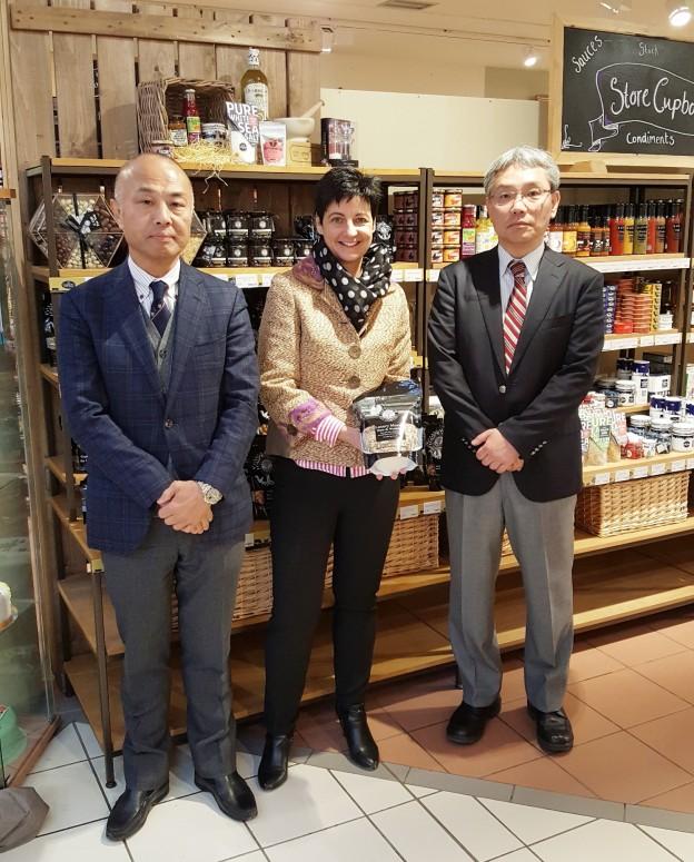 Photo (l-r):  Masahiko Sugiyama, president of Minato Shokai; Helen Graham, of the Ludlow Nut Co; Shoji Watanabe, general manager of Minato Shokai.